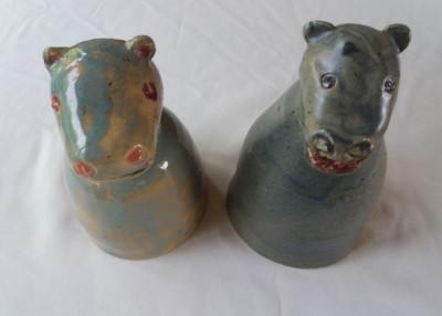 Pfostenhocker Nilpferde